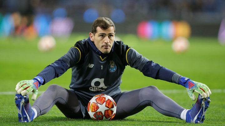 Incar Kursi Presiden Bola Spanyol, Iker Casillas Segera Pensiun