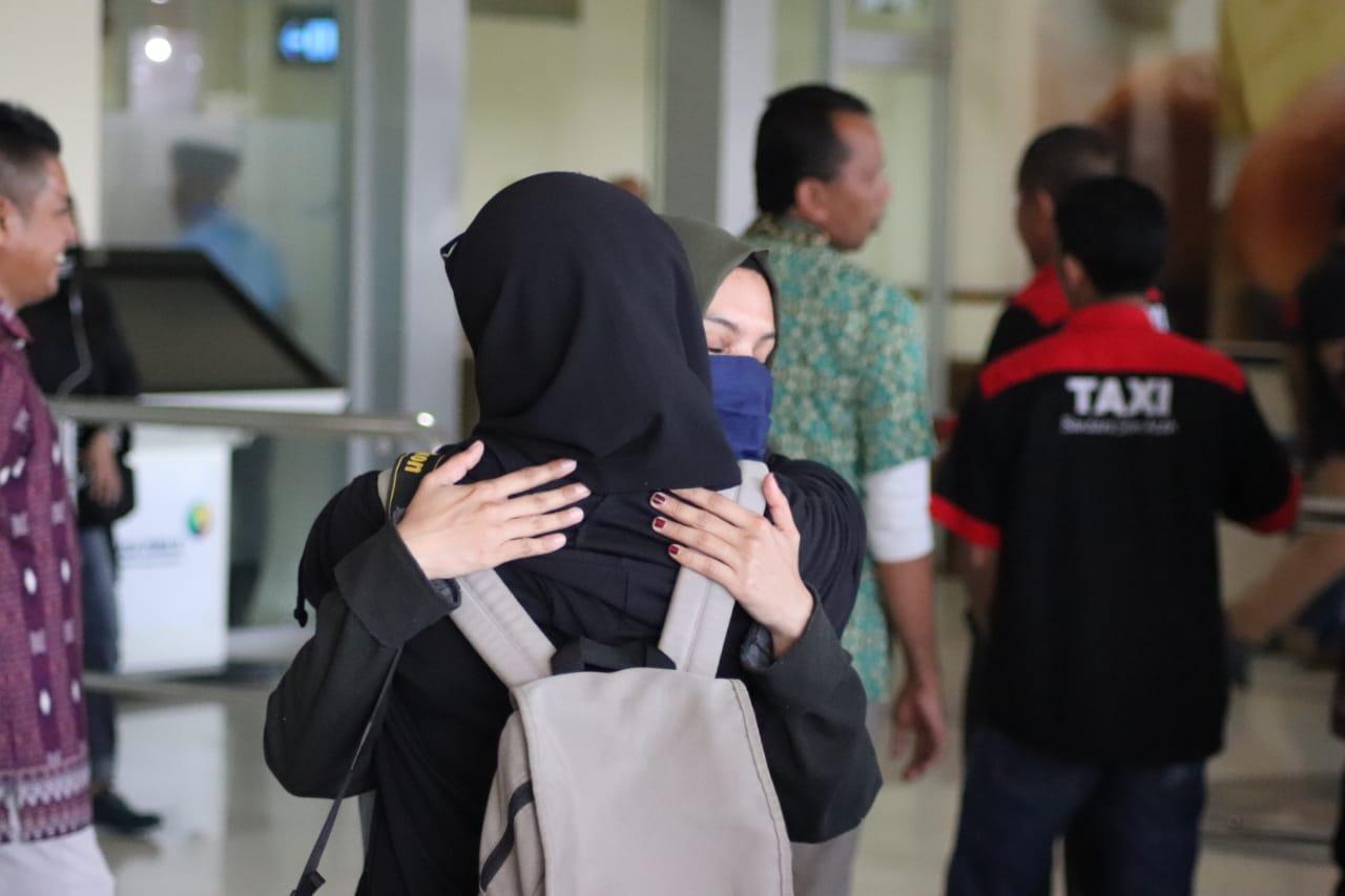 Pasca Observasi di Natuna, 13 Mahasiswa Tiba di Aceh