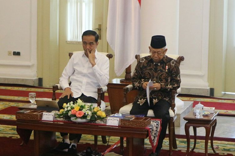100 Hari Pemerintah Jokowi-Ma'ruf Dinilai Belum Mampu Baca Keinginan Rakyat