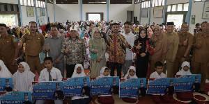 5.916 Siswa Aceh Selatan Terima Beasiswa PIP, Ini Pesan Dyah Erti