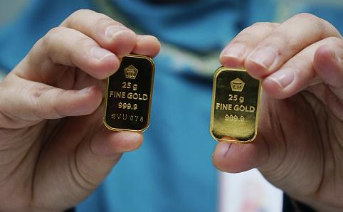 Harga Emas Antam Bertahan di Rp 779.000/Gram