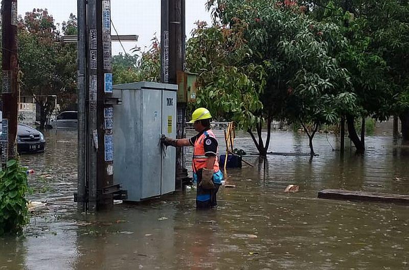 Jakarta Banjir Lagi, Listrik di Sejumlah Titik Banjir Dipadamkan Sementara