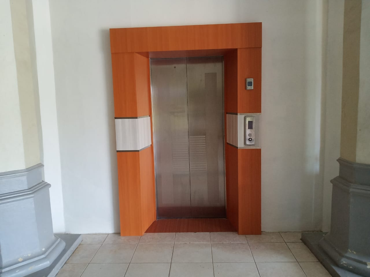 Keren! Kantor Bupati Aceh Tamiang Bangun Lift Khusus Penyandang Disabilitas
