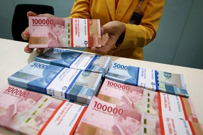 Rupiah Menguat ke Rp16.108 per Dolar AS pada Jumat Pagi