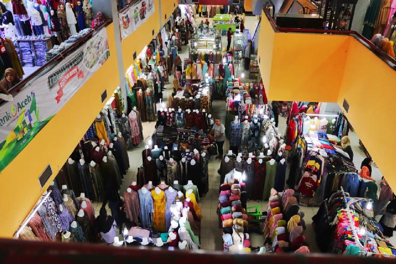 Pasar Aceh Sepi Pembeli, Pedagang: Kita Mungkin Akan Tutup Sementara