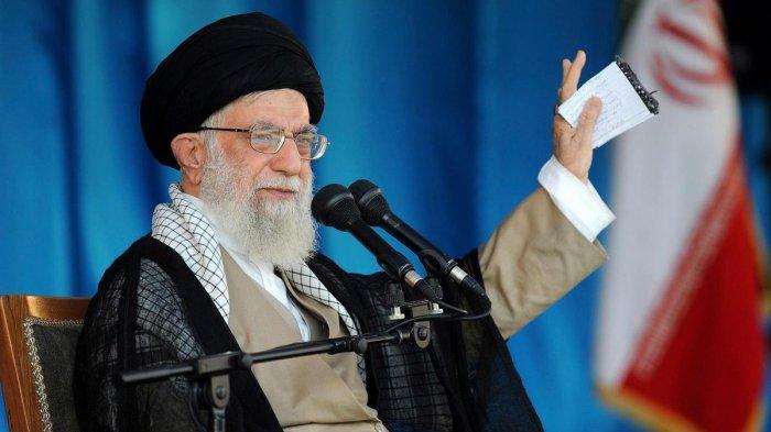 Karena Corona, Pemimpin Tertinggi Iran Minta Warga Berdoa di Rumah Saja Saat Ramadan