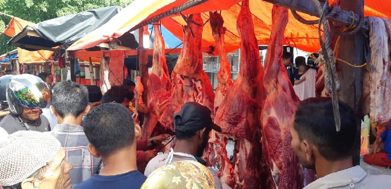 Harga Daging di Bireuen Capai Rp 180 Ribu, Larangan Jaga Jarak Diabaikan