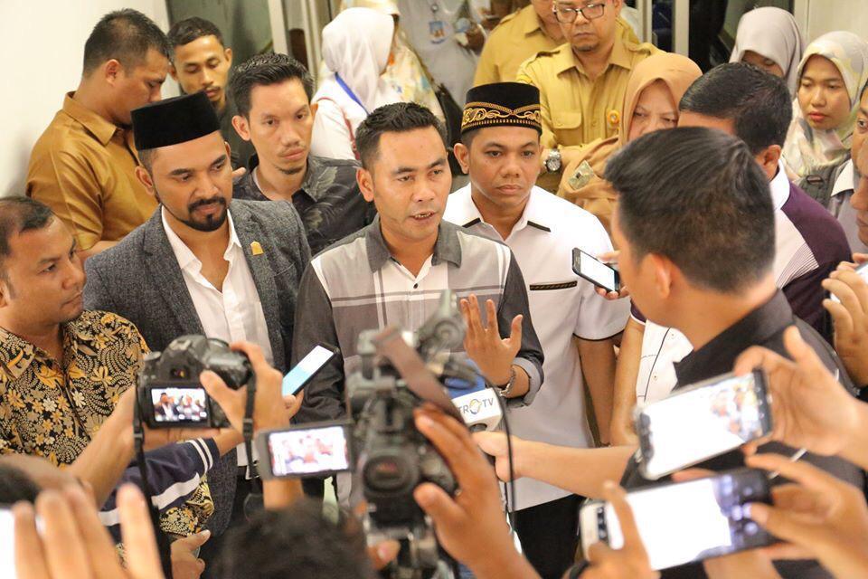 M. Rizal Falevi: Ekonomi Masyarakat Semakin Terpuruk, Pemerintah Aceh Segera Cabut Jam Malam