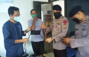 Gegana Brimob Polda Aceh Sumbang Masker Jahitan Ibu-ibu Bhayangkari ke PWI Aceh