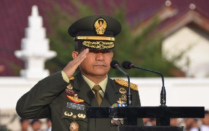 Mayjen TNI A. Daniel Chardin Resmi Jabat Wadanpussenif Kodiklatad