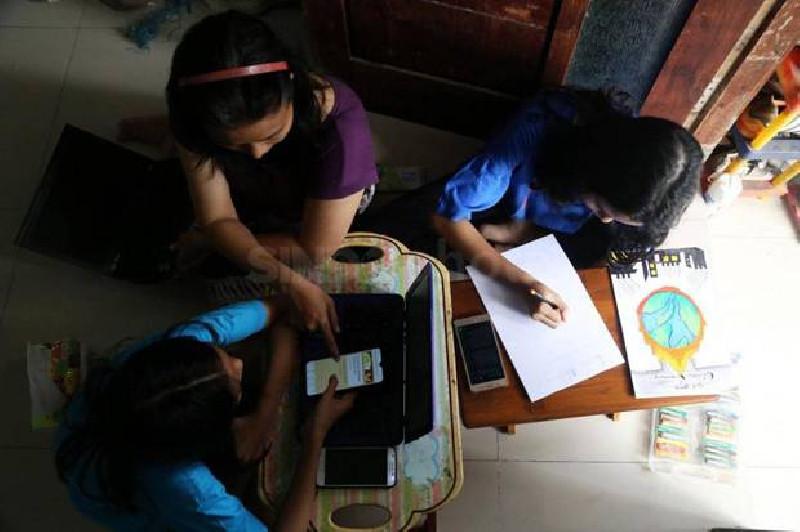 Covid-19 Belum Selesai, Ikatan Dokter Sarankan Siswa Tetap Belajar di Rumah