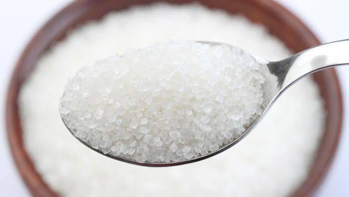 22.000 Ton Gula Impor India Masuk Pasar, Bulog Banting Harga