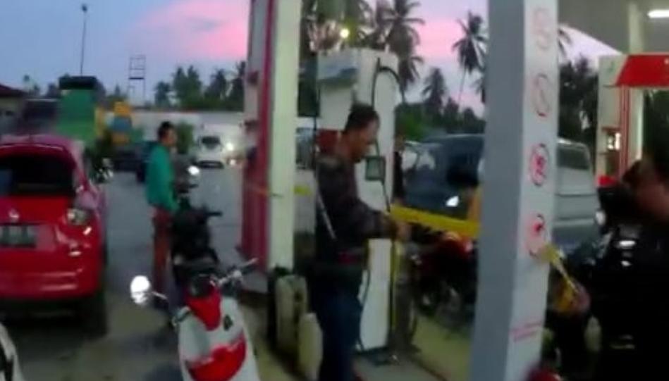 Pelaku Penyalahgunaan BBM Bersubsidi di SPBU Peudada Dibekuk Polisi
