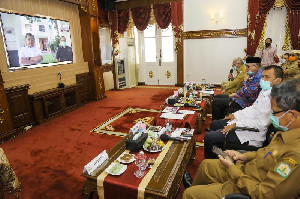 Disaksikan Jusuf Kalla, Plt Gubernur Aceh Luncurkan Gerakan Donor Darah ASN