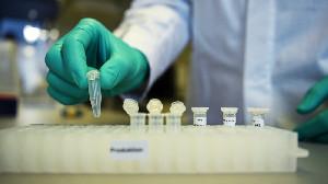 Peneliti Cina Tes Vaksin Pada 200 Orang