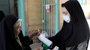 Sehari, 100 Orang Meninggal Di Iran Karena Corona