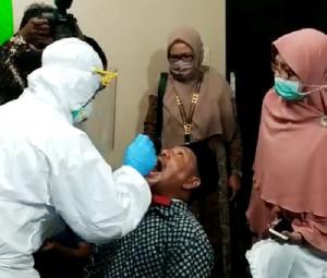 Cek Zainal Imbau Masyarakat Banda Aceh Ikut Tes Swab Gratis