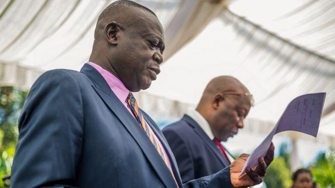 Menteri Pertanian Zimbabwe Perrance Shiri Meninggal Karena Terinfeksi Corona
