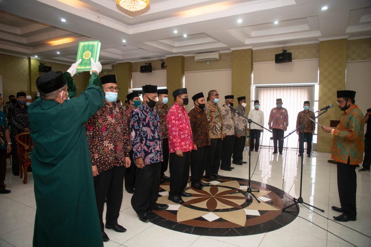 Kepala Kemenag Aceh Lakukan Mutasi 13 Pejabat eselon III