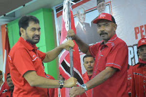 Mualem Ajak Anggota PA dan KPA Bireuen Jaga Kekompakan