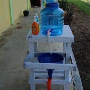 Siswa SMA 1 Sungai Raya Ciptakan Alat Pencuci Tangan dari Kursi Bekas