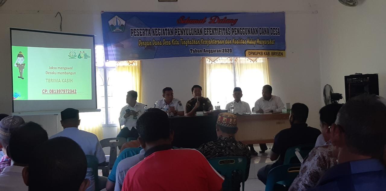 Keuchik Se-Kecamatan Juli Diberikan Pengetahuan Hukum Penggunaan Dana Desa