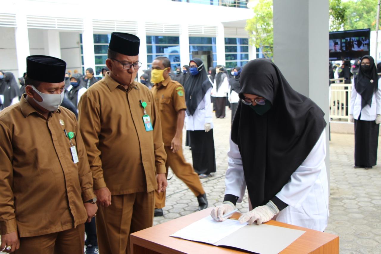 220 CPNS Kemenag Aceh Terima SK 100 Persen