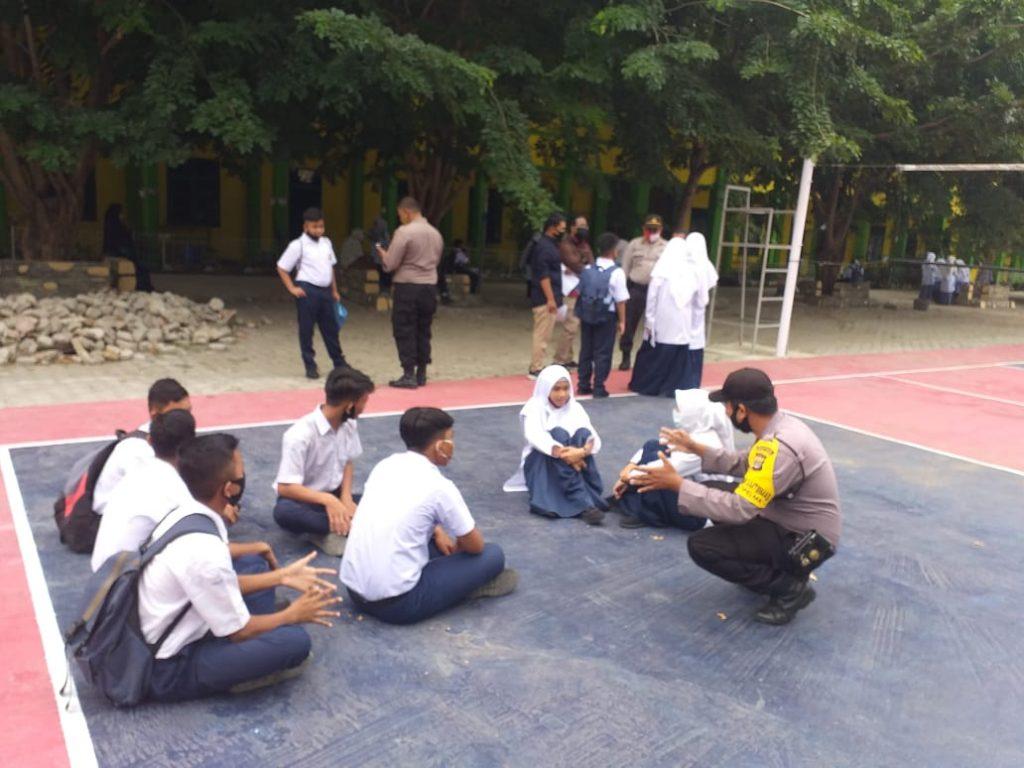Mulai Belajar Tatap Muka, Polisi Banda Aceh Sosialisasi Protokol Kesehatan di Sekolah