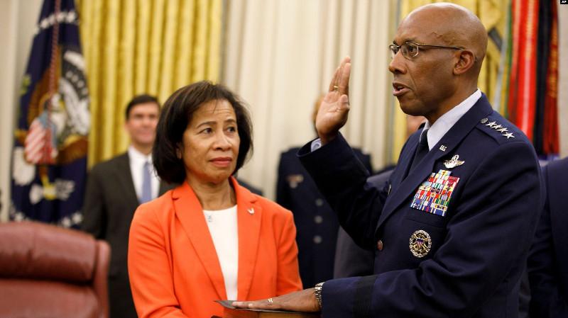 Jenderal Charles Brown, Orang Afrika-Amerika Pertama Pimpin Angkatan Udara AS