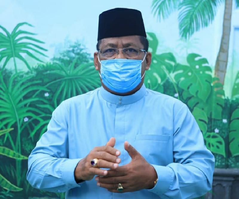 Serahkan 200 Hewan Kurban, Aminullah: Kebersamaan ASN Pemko Banda Aceh Semakin Terasa