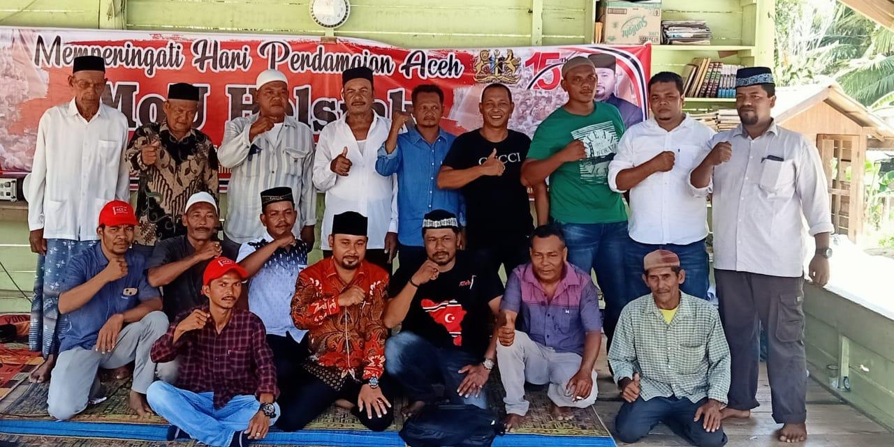 Peringati Perdamaian Aceh, KPA dan PA Batee Iliek Gelar Doa Bersama Anak Yatim di Bireuen