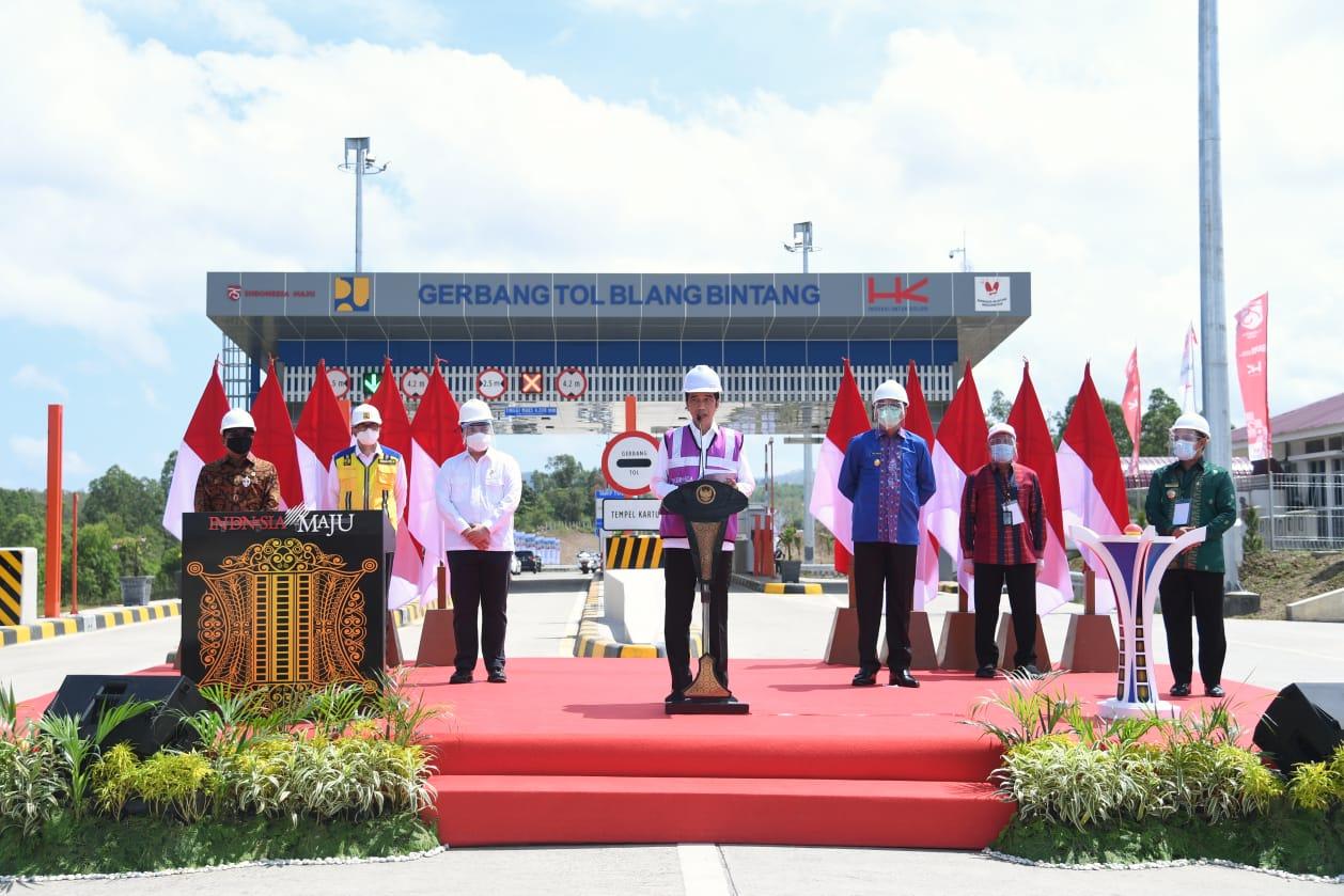 Resmikan Jalan Tol Aceh, Presiden Jokowi Berharap Bisa Memacu Pertumbuhan Ekonomi