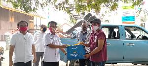 Pemko Salurkan Bantuan Masa Panik Kepada Korban Kebakaran Rumah di Panteriek