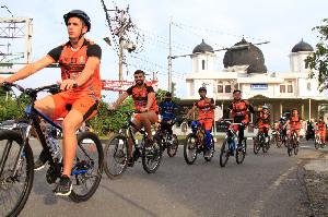 Persiraja Bangun Team Work dengan Bersepeda di Banda Aceh