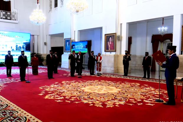 Hari Ini Jokowi Lantik 9 Anggota Kompolnas Periode Baru