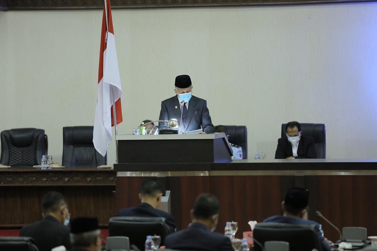 Plt Gubernur Aceh Hadiri Paripurna DPRA tentang Interpelasi