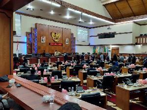 DPRA Nilai Pengangkatan Pensus oleh Plt Gubernur Boros Anggaran