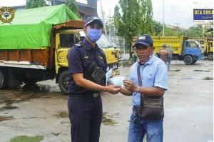 Bea Cukai Bersinergis dengan Aparat Penegak Hukum Bagikan Masker ke Masyarakat