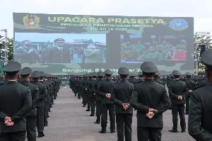 Kasad Lantik  1198 Perwira Lulusan Diktukpa TNI AD TA 202