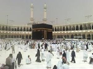 Arab Saudi Izinkan Kembali Umrah, DPR Minta Kemenag Pastikan Kesiapan
