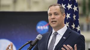 Tahun 2024, NASA Berencana Pendaratan Perempuan Pertama ke Bulan