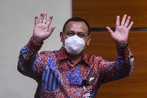 Akui Bersalah, Ketua KPK Firli Bahuri Minta Maaf pada Masyarakat Indonesia