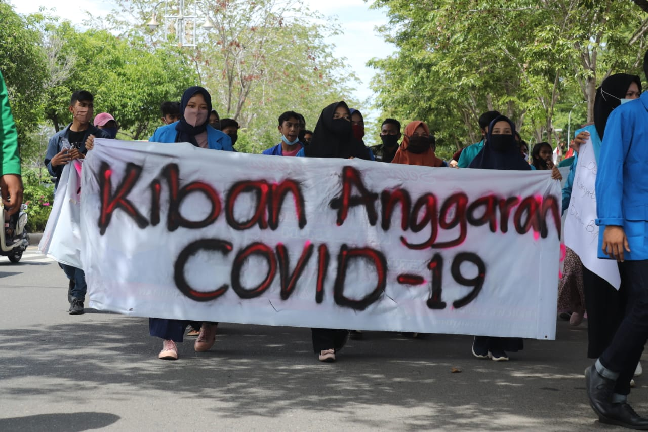 Aliansi Mahasiswa Aceh:  Dewan Teunget, Pemerintah Semeunget