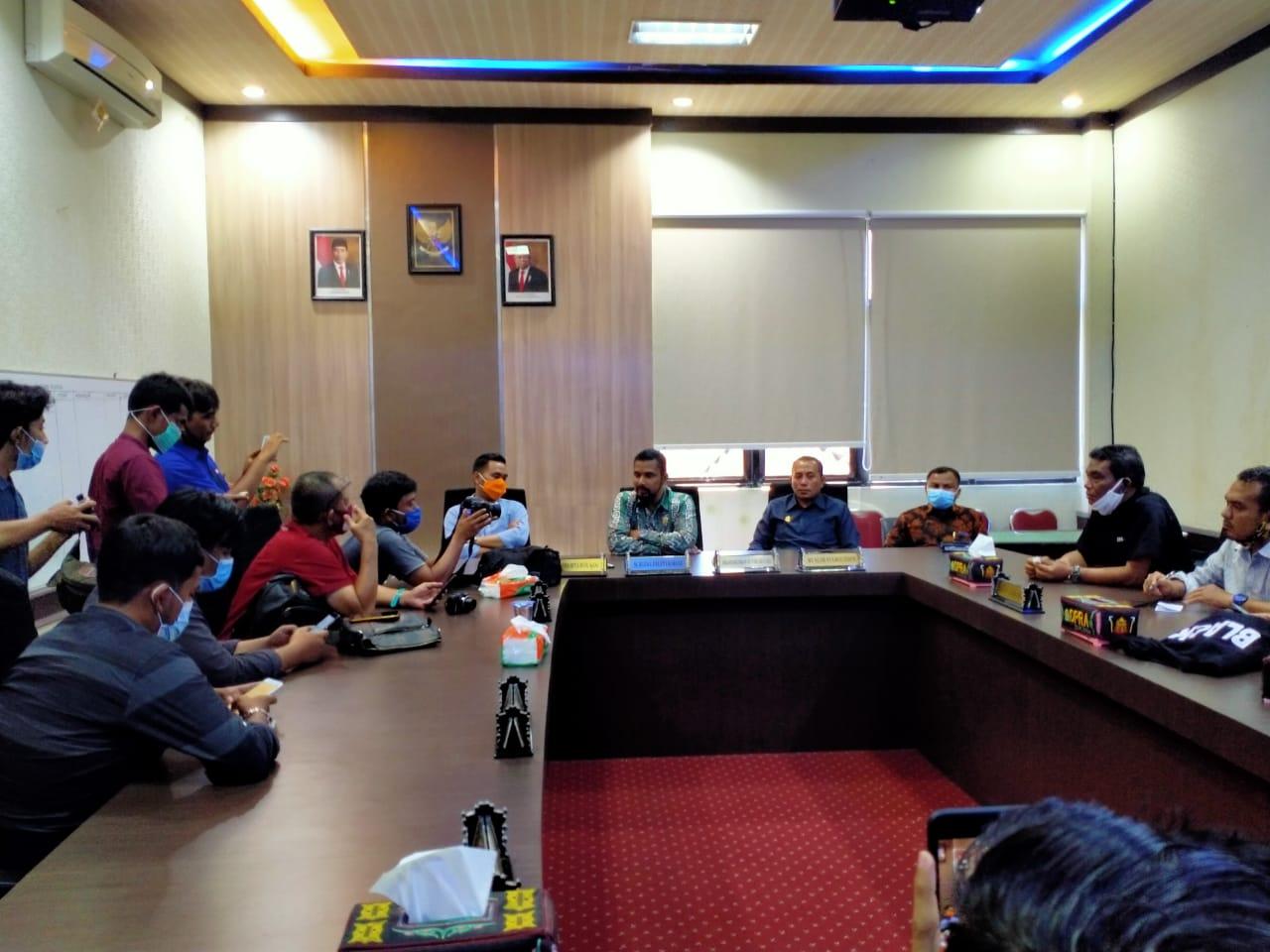 5 Inisiator Usulkan Hak Interpelasi ke Ketua DPRA