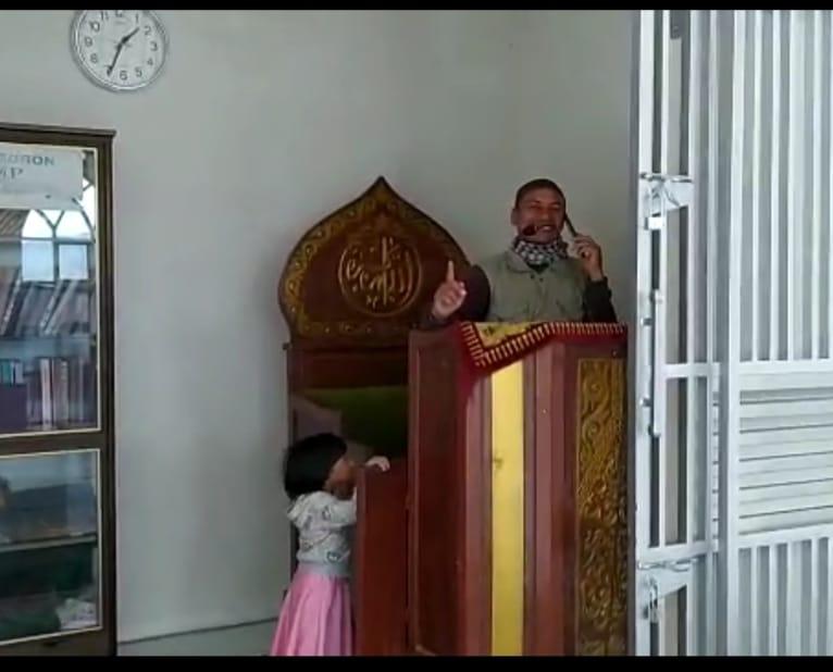 Benarkah Jerjak Besi Masjid  Serambi di Mendale Untuk Mengamankan Ulama dari Tusukan Orang Gila?