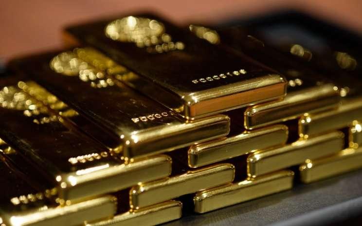 Harga Emas Jatuh, Dolar AS Dinilai Lebih Aman