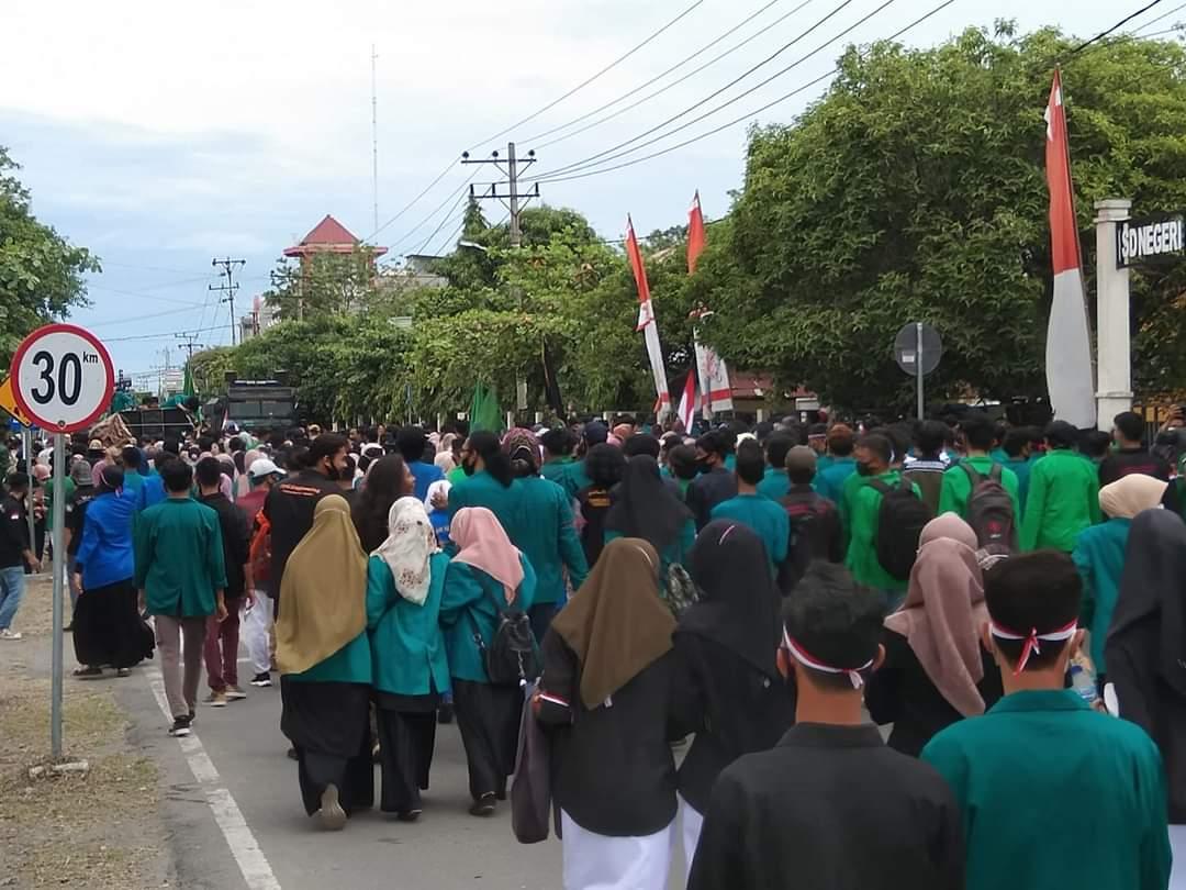 Mahasiswa Kembali Unjuk Rasa ke Gedung DPRK Bireuen