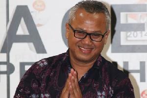 Ketua KPU Arief Budiman Sembuh dari Covid-19