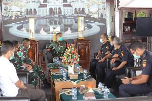Pangdam IM Beserta Jajaran Terima Silaturahmi  Kakanwil Bea Cukai Banda Aceh, Ini Isi Bahasannya