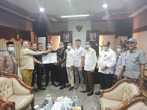 Inisiator Serahkan Usulan Hak Angket ke Ketua DPR Aceh